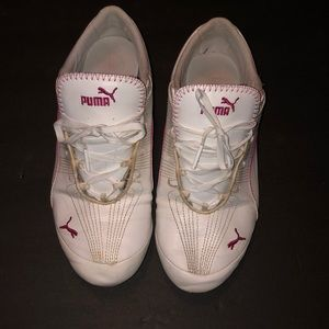 VTG- distressed Puma sport lifestyle sneakers
